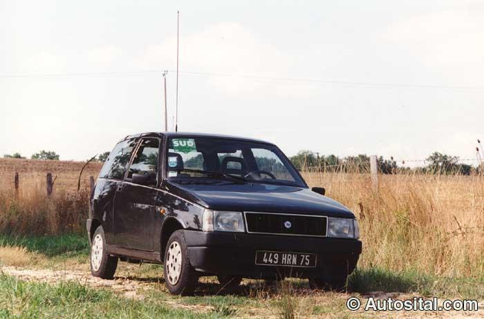 Lancia-Y10-5.jpg