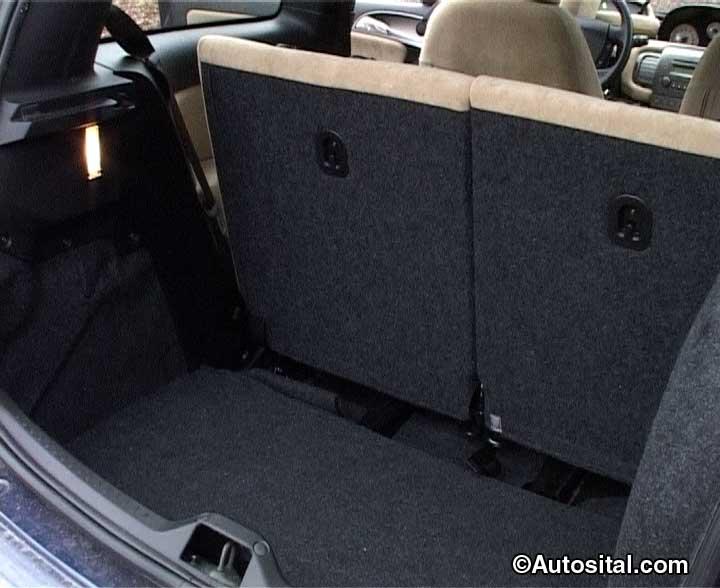 Lancia Ypsilon 1.4 16v Argento