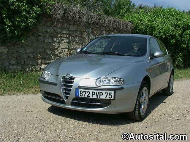 Alfa Romeo 147 JTD 140 16v Distinctive 3 portes
