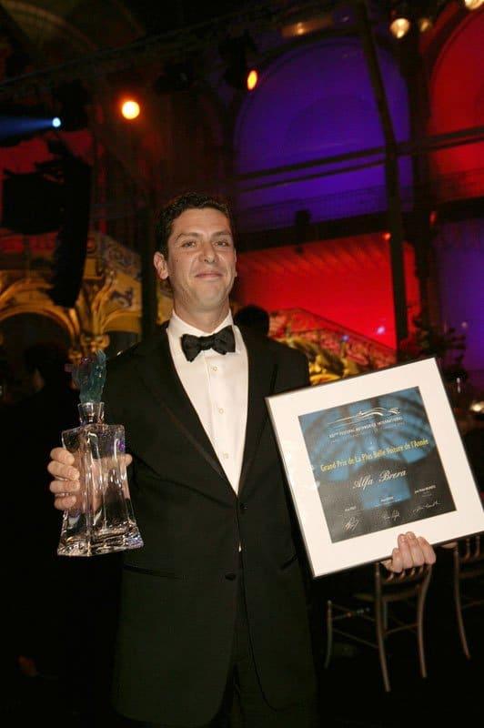 Carlos Gomes reçoit le Prix