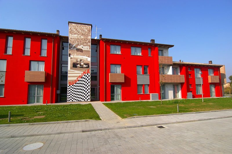 Maranello-Village-7.jpg