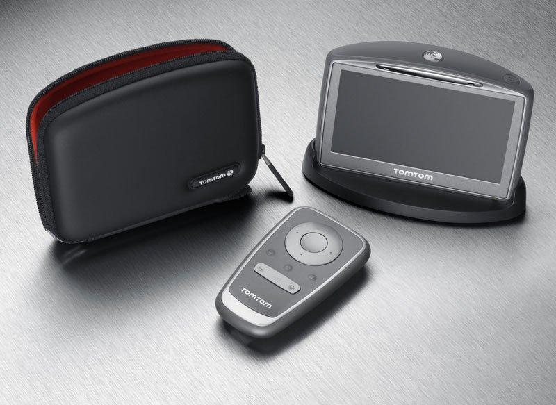 920-life-style-case-remote.jpg