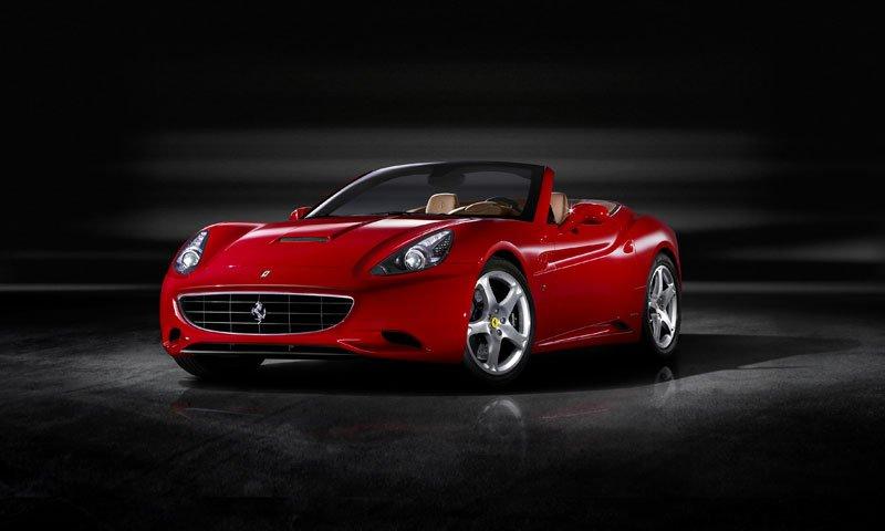 Ferrari_California_01.jpg