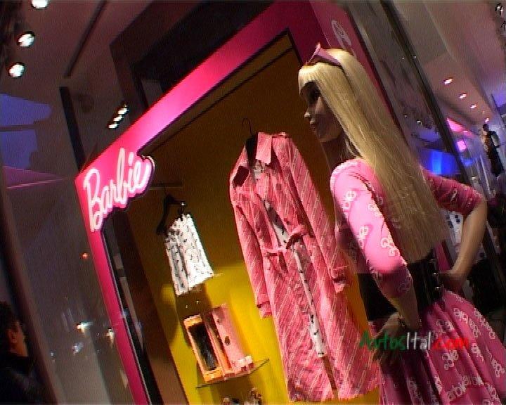 Reportage_Barbie_1.jpg