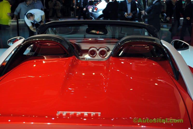 Ferrari-Mondial-2010-004.jpg