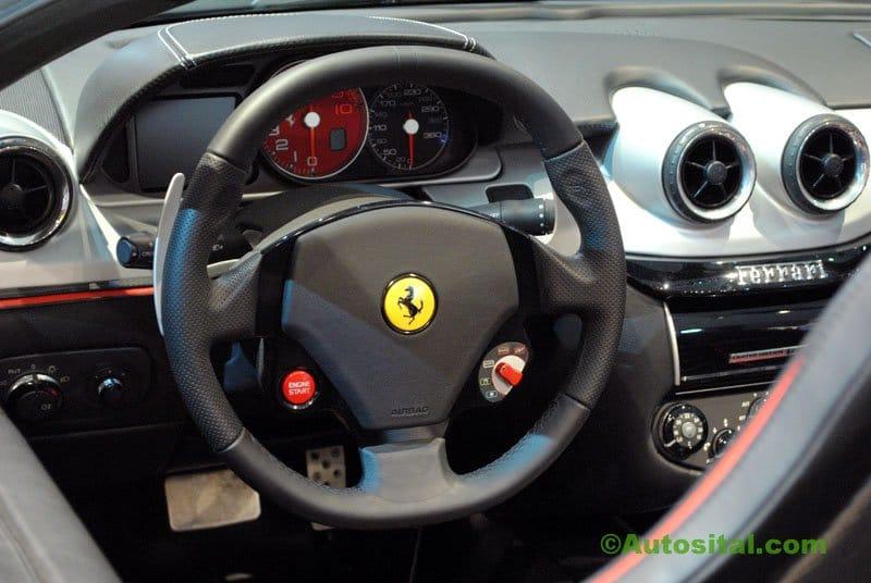 Ferrari-Mondial-2010-005.jpg