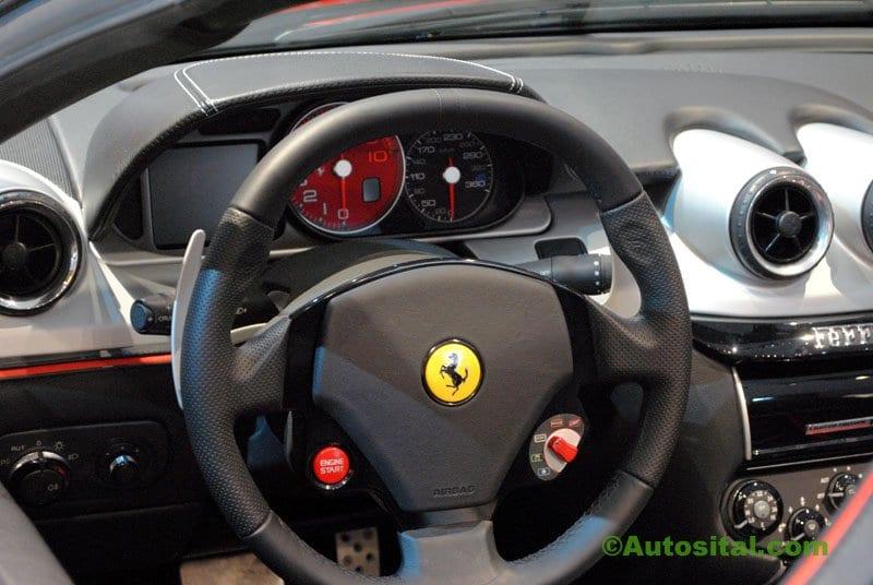 Ferrari-Mondial-2010-006.jpg