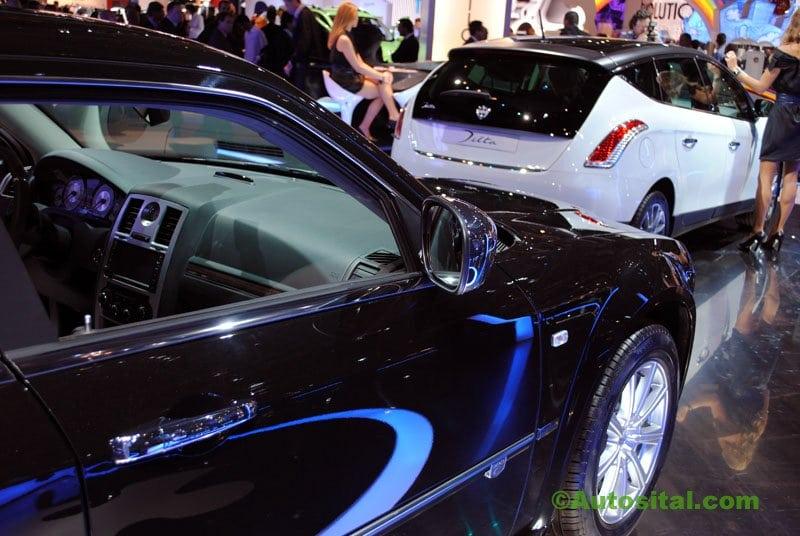 Le stand Lancia au Mondial de l'auto 2010