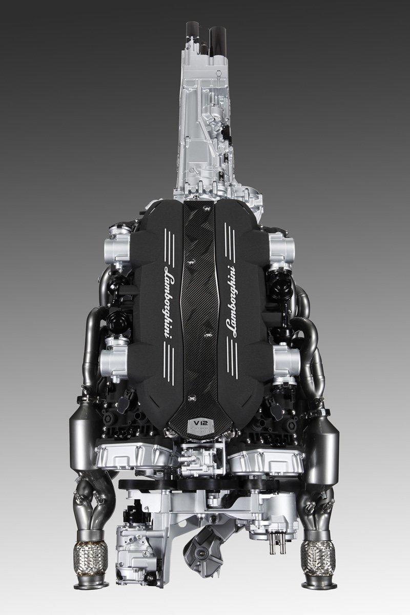 Nouveau V12 Lamborghini
