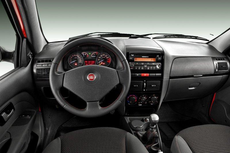 Fiat Strada Sporting (2010 Brésil)
