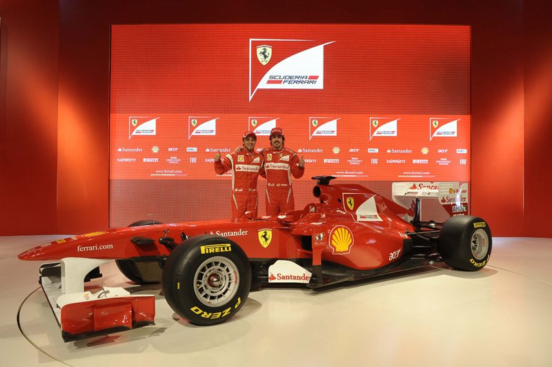 Fernando Alonso et Felipe Massa au lancement de la Ferrari F150
