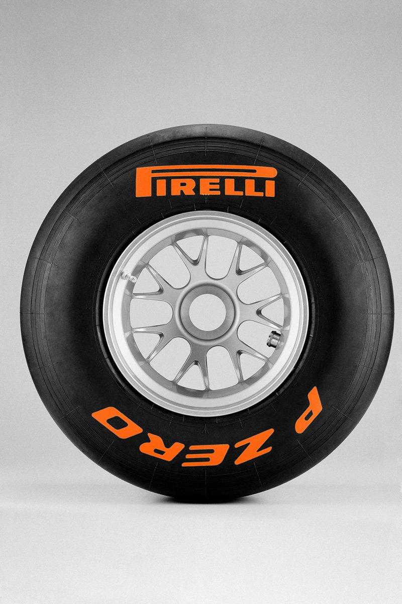 Pirelli P-Zero F1 2011 - Tendres