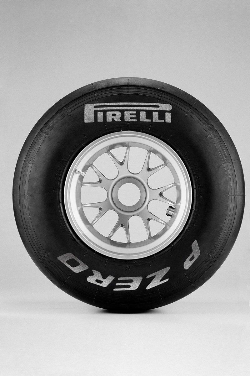 Pirelli P-Zero F1 2011 - Durs