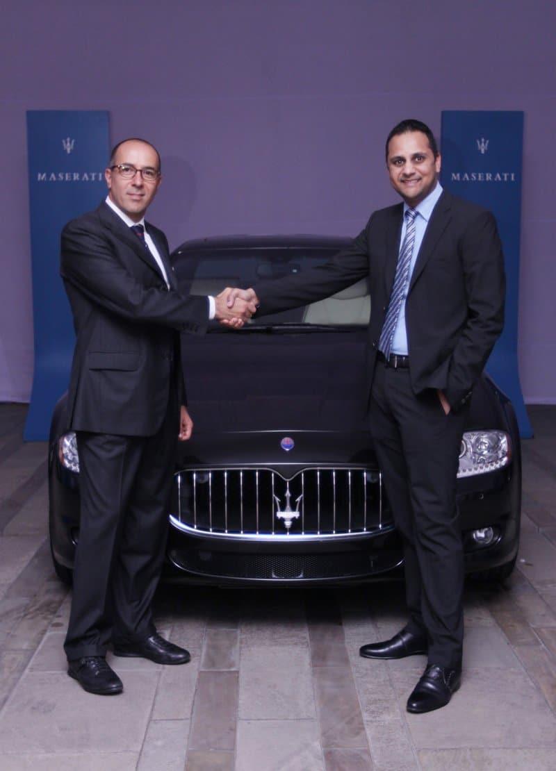 Simone Niccolai, Manager de la zône Asie Pacifique de Maserati, et Ashish Chordia, directeur du groupe Shreyans, partenaire officiel de Maserati en Inde