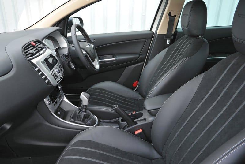 Chrysler Delta 2011