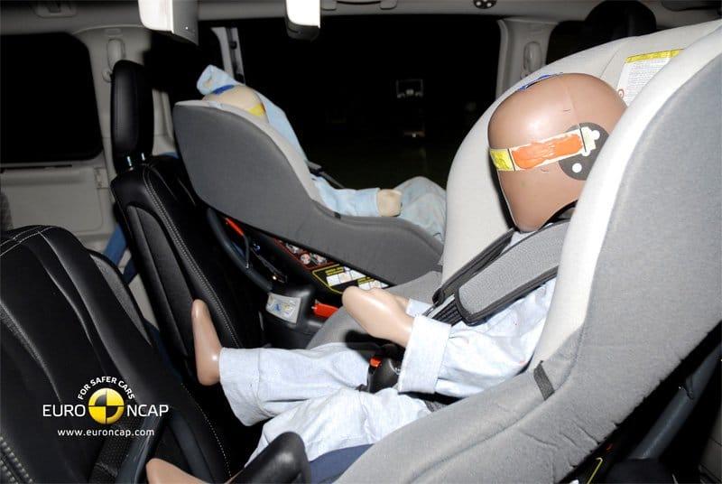 Crash test EuroNCAP Lancia Voyager