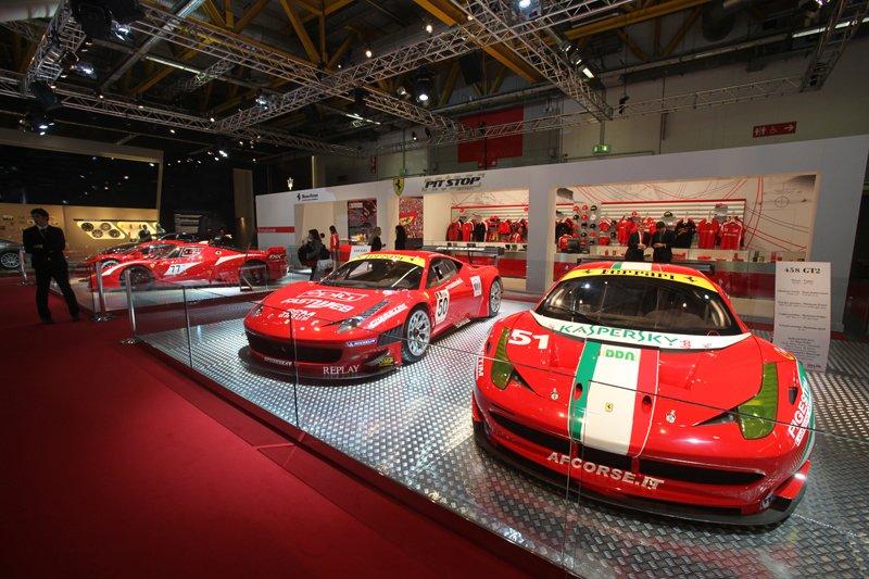 Stand Ferrari - Salon de Bologne 2011