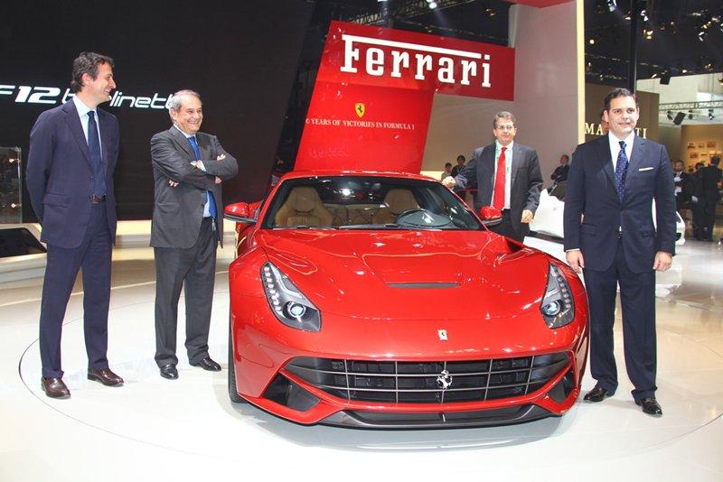 Le stand Ferrari du salon de Pékin 2012