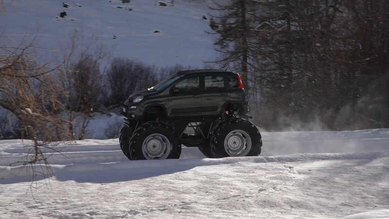 La Fiat Panda 4x4 se transforme en Monster Truck