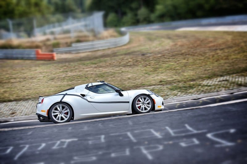 alfa_romeo_4c_nuerburgring_08.jpg