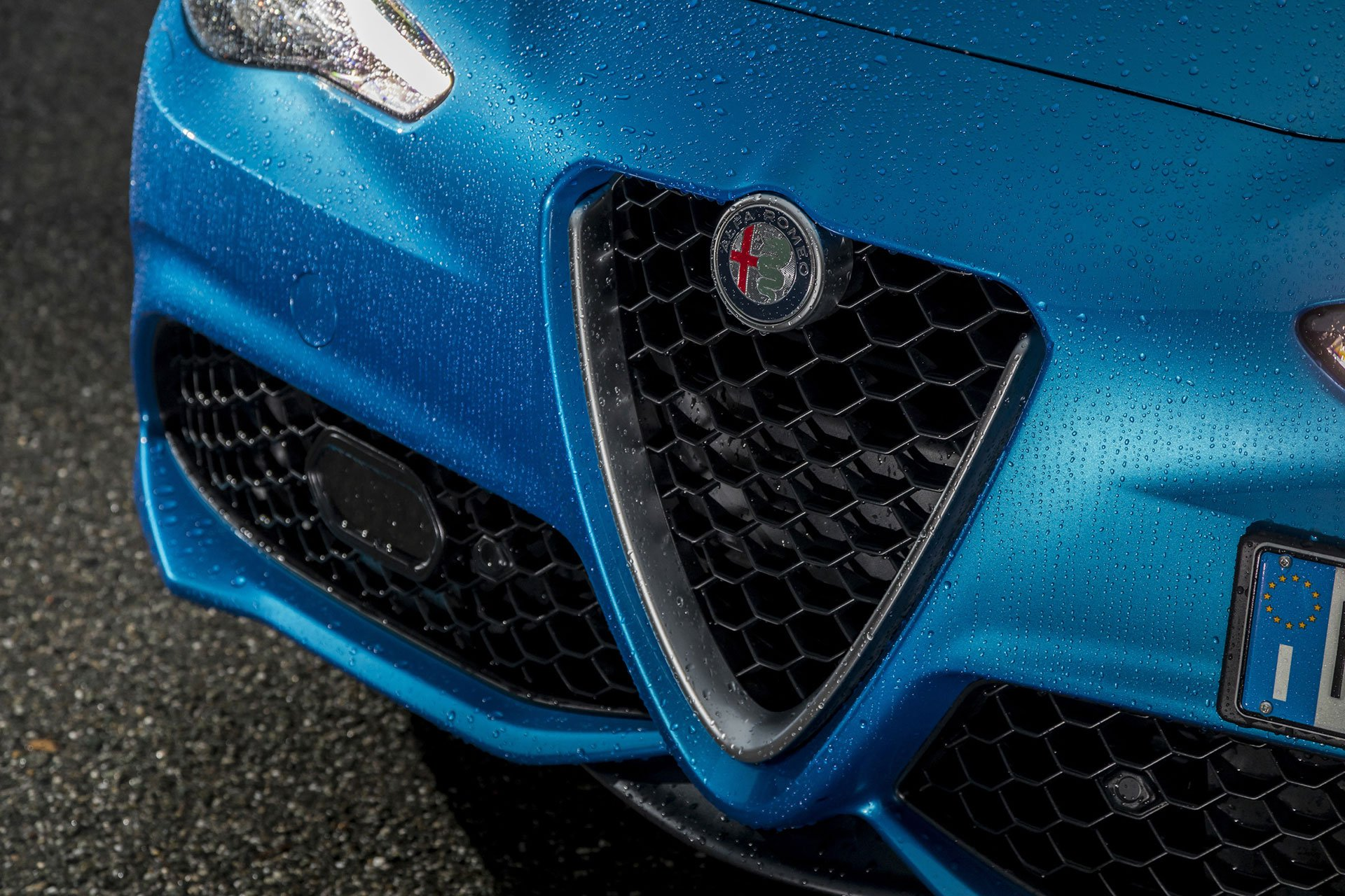 Alfa Romeo Giulia Veloce (2016)