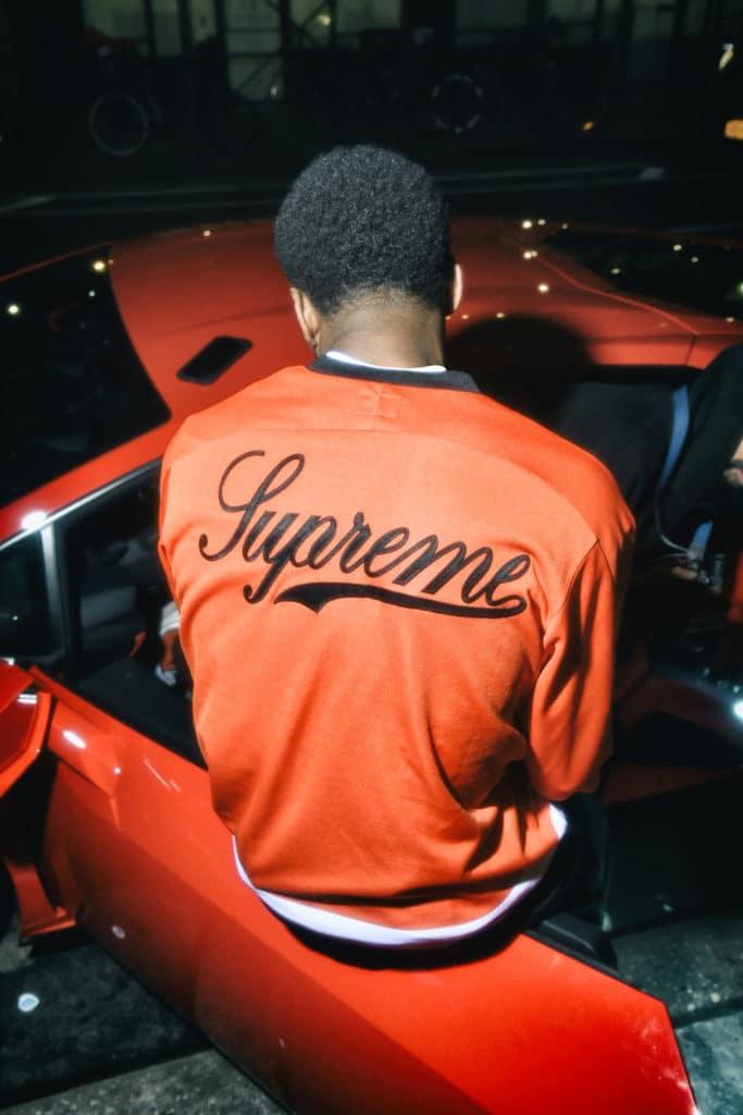 Lamborghini prépare l'été avec Supreme